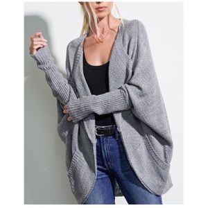 🎉 JUST ARRIVED 🎉 Cardigan with Dolman Sleeves